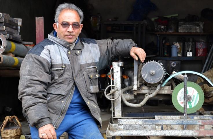 Abdul rehman iron cutter
